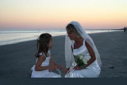 wedding moments on the beach